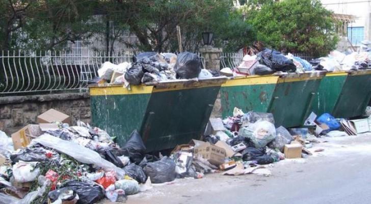 عمان: رفع 4600 طن من النفايات منذ صباح الخميس