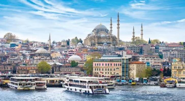 تراجع عدد السياح في تركيا بنسبة 40% في حزيران