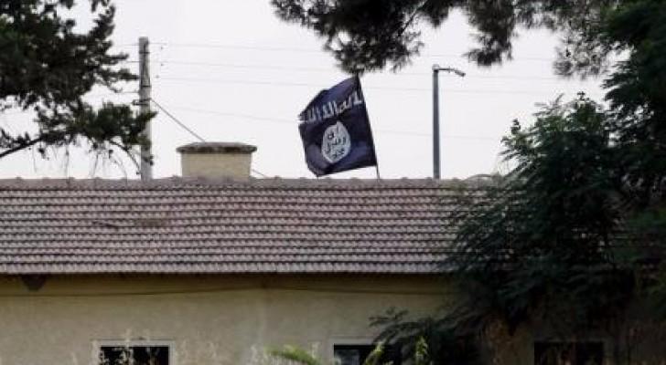 """مقاتلو المعارضة السورية يستعدون لمهاجمة"""" داعش """" انطلاقًا من تركيا"""