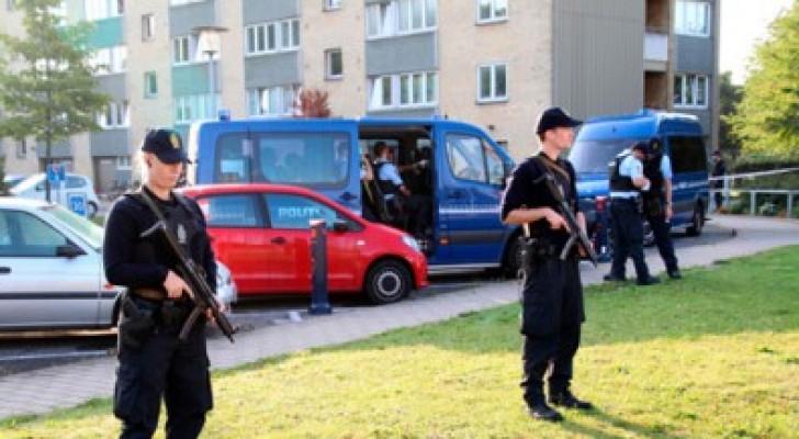 الدنماركي مطلق النار على الشرطة احد عناصر عصابة داعش الارهابية