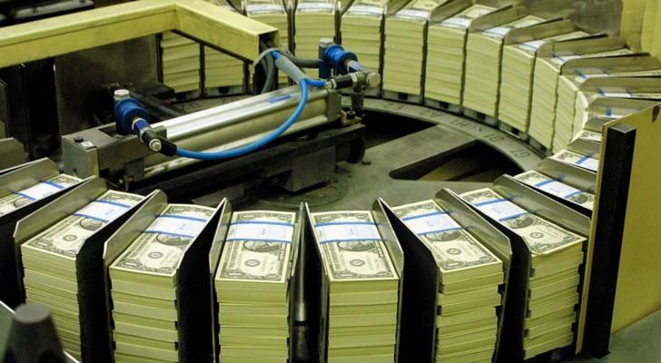 """الدولار الأميركي """"مستقر"""" عقب تقرير الوظائف الأميركية"""