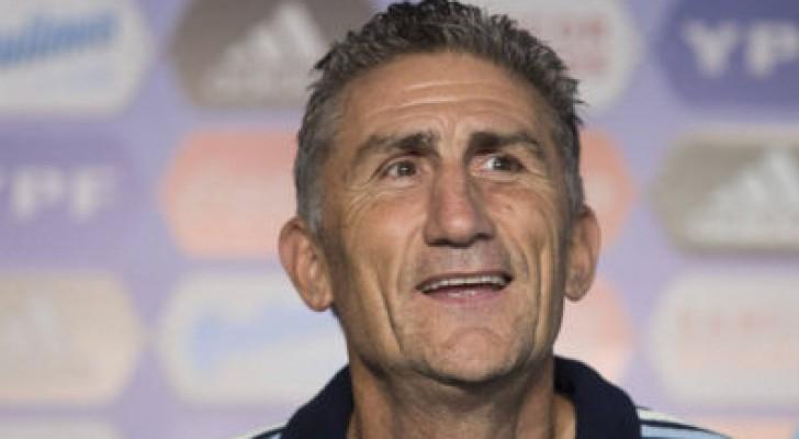 الاتحاد الأرجنتيني يعتذر لبرشلونة عن تصريحات باوزا حول ميسي