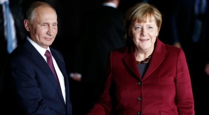 بوتين وقادة المانيا وفرنسا واوكرانيا يبدأون قمة برلين