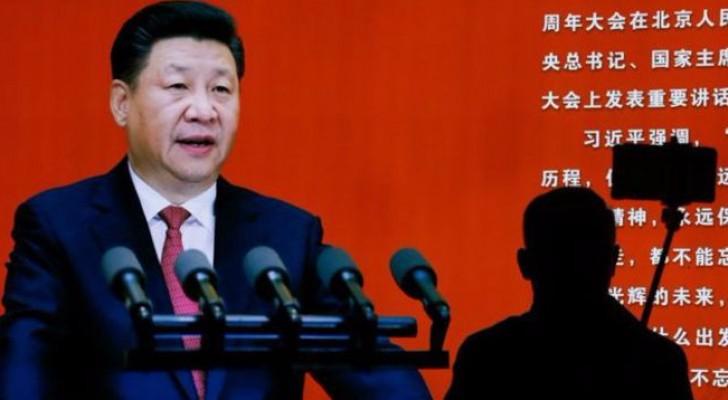 يشن الرئيس الصيني، شي جينبينغ، منذ تسلمه السلطة في عام 2013 حملات واسعة ضد الفساد