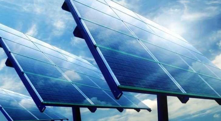 ألواح شمسية - أرشيفية