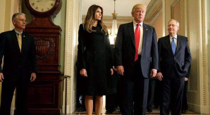 ترامب في كابيتول هيل برفقة زوجته وميتش ماكونيل
