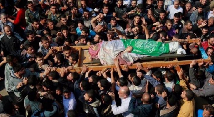 """من جنازة النائب العام لكتائب لشهيد عز الدين القسام الجناح العسكري لحركة """"حماس"""" أحمد الجعبري"""