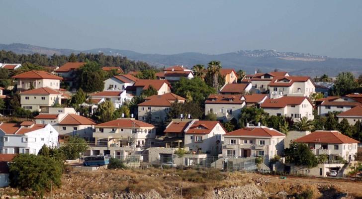 احدى المستوطنات الاسرائيلية