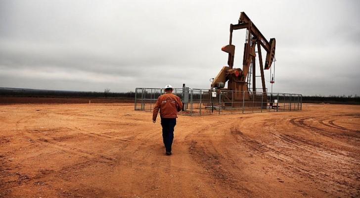 أسعار النفط تترقب الالتزام باتفاق أوبك مع الدول المنتجة الأخرى