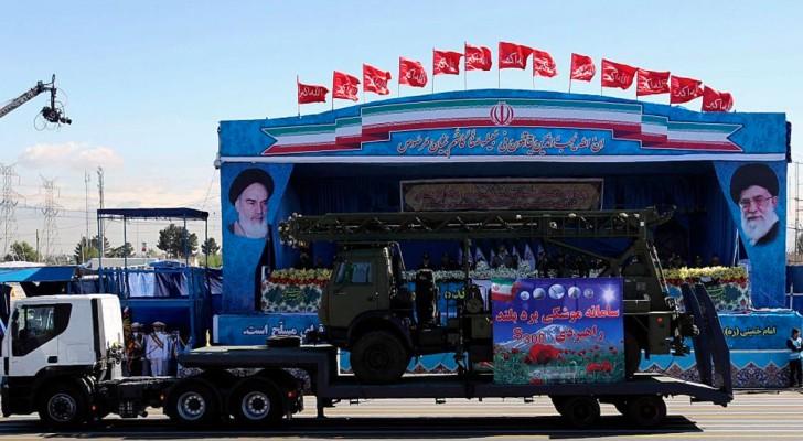 عرض عسكري في طهران