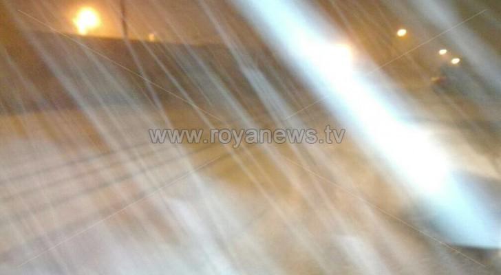 الثلوج في مناطق مختلفة من العاصمة عمان