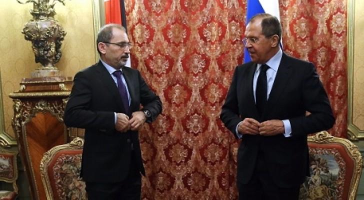 وزير الخارجية  أيمن الصفدي ونظيره الروسي سيرجي لافروف