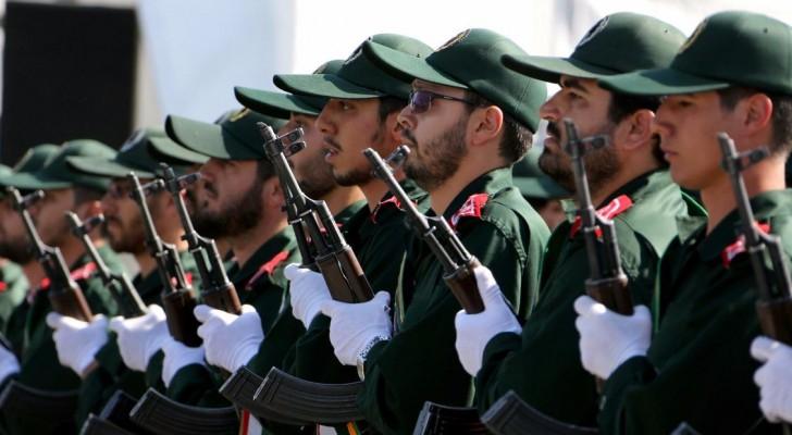 أرشيفية لجنود بالحرس الثوري الإيراني