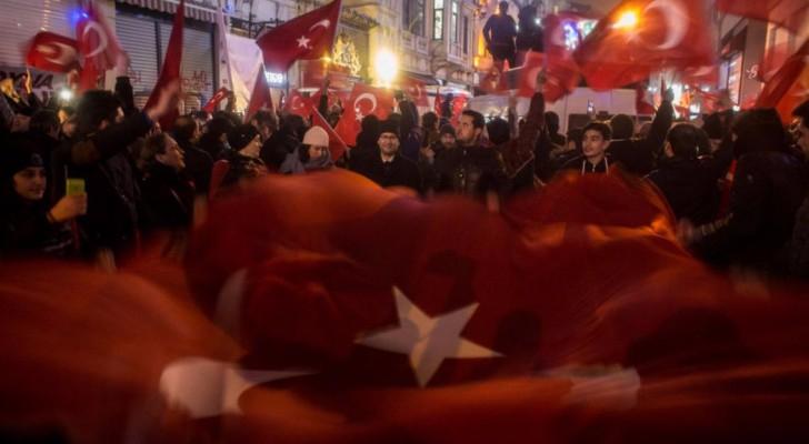 متظاهرون في إسطنبول
