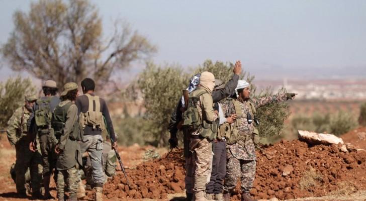 قوات من المعارضة السورية يهاجمون مناطق لداعش
