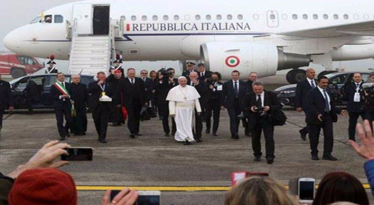 جانب من وصول البابا لمصر