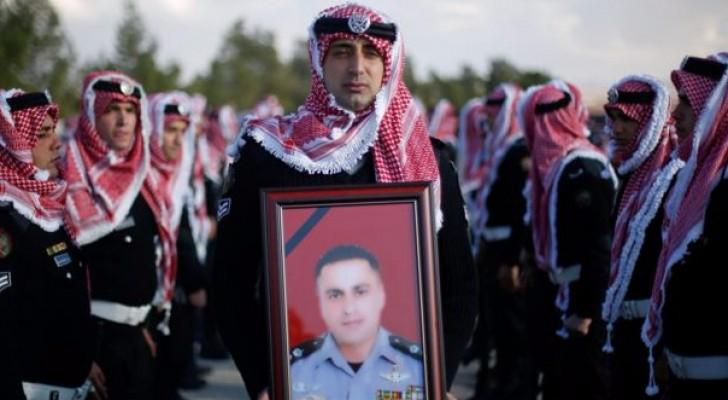 من تشييع جثمان الشهيد سائد المعايطة الذي قضى وزملائه مدافعين عن ثرى الأردن
