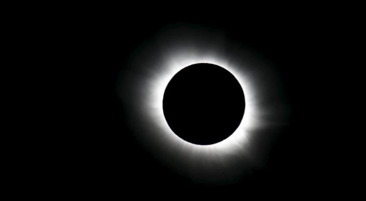 ناسا تستعد لدراسة أول كسوف كلي للشمس