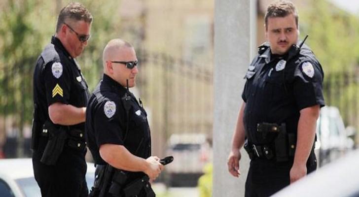 عناصر من الشرطة الامريكية