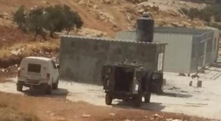 الاحتلال يهدم مدرسة أطفال