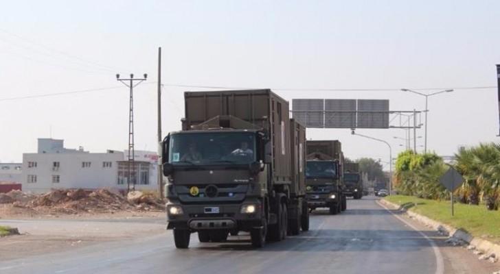 القوات التركية تستقدم تعزيزات جديدة إلى حدود إدلب