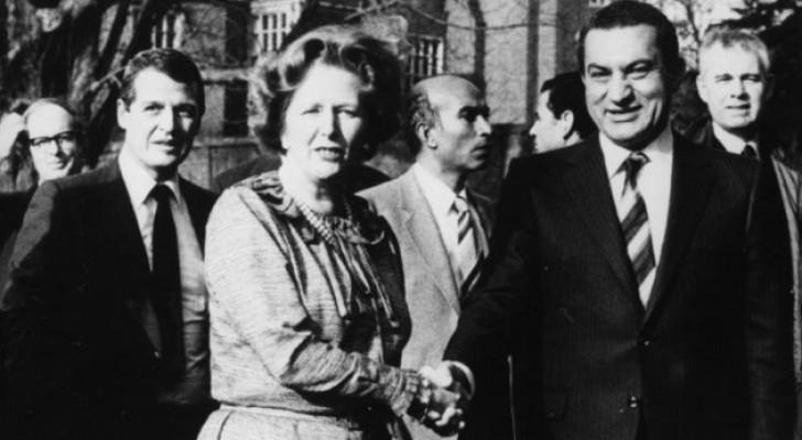 زيارة مبارك لبريطانيا تمت دون الكشف عن أية مشكلات أمنية - BBC