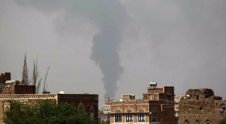 مقاتلات التحالف شنت غارات على القصر الجمهوري بصنعاء