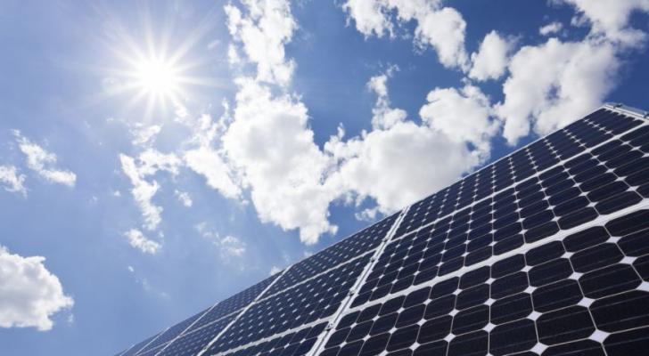 المشروع سيحقق أكبر محطة للطاقة الشمسية في الأردن
