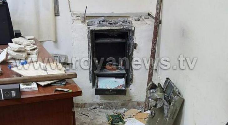 سرقة قاصة من مبنى بلدية اربد داخل السوق المركزي
