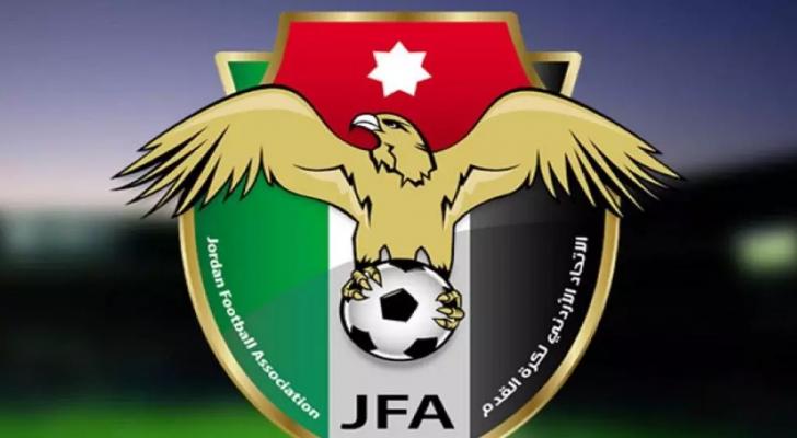 اتحاد الكرة يطلع على تحضيرات استضافة كأس آسيا ويحدد موعد الانتخابات