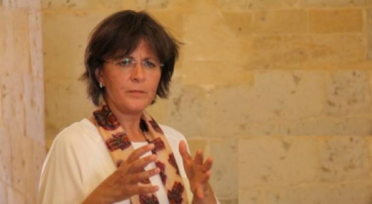 وزيرة السياحة والآثار لينا عنّاب
