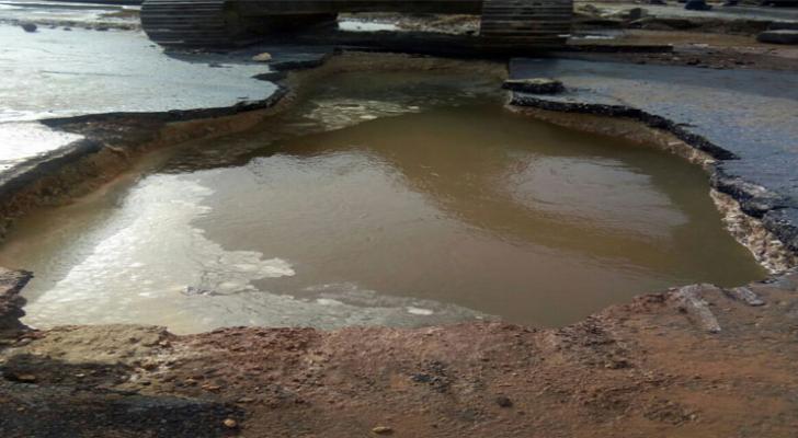 كسر خط مياه يغلق نفق دوار المدينة الرياضية جزئيا