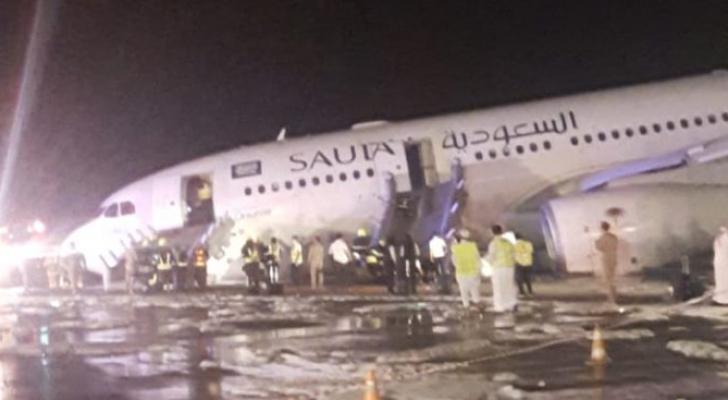هبوط اضطراري لطائرة سعودية