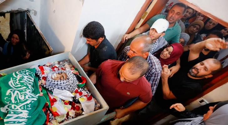 رام الله تشيع جثمان الشهيد الطفل أبو خليل