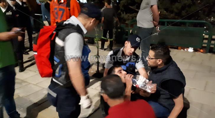 إصابات واختناقات بين المحتجين على الدوار الرابع