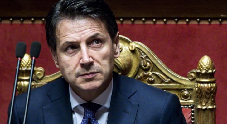 رئيس الوزراء الايطالي الشعبوي جوزيبي كونتي