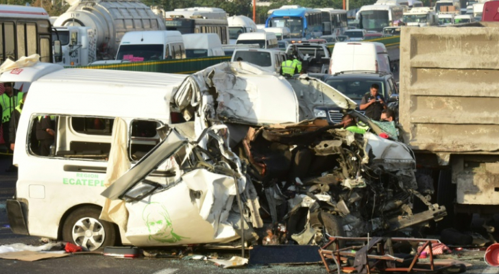 13 قتيلا على الأقل في حادث سير في المكسيك