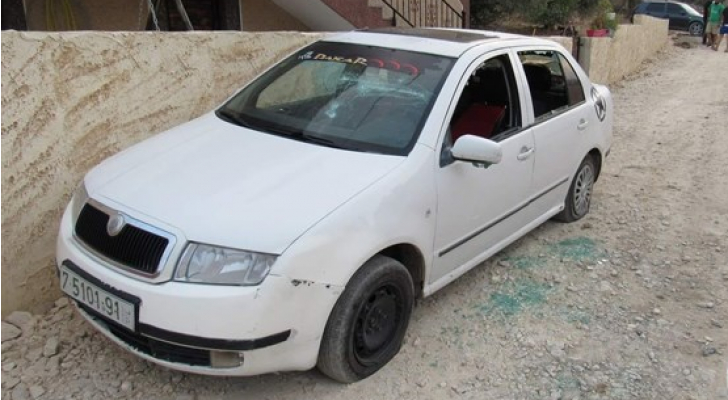 الهجوم استهدف عددا من منازل المواطنين وممتلكاتهم