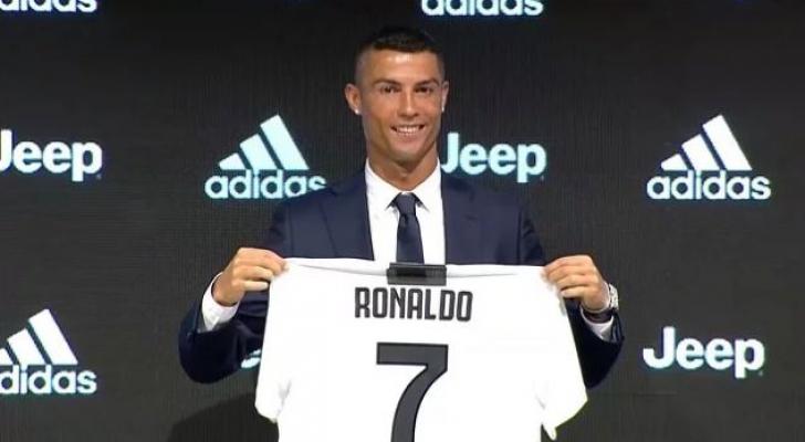 رونالدو انتقل من ريال مدريد الى يوفنتوس