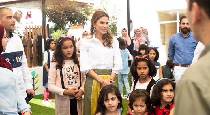 الملكة رانيا تطلع على أعمال الصيانة بمبـرة الملك عبدالله الثاني