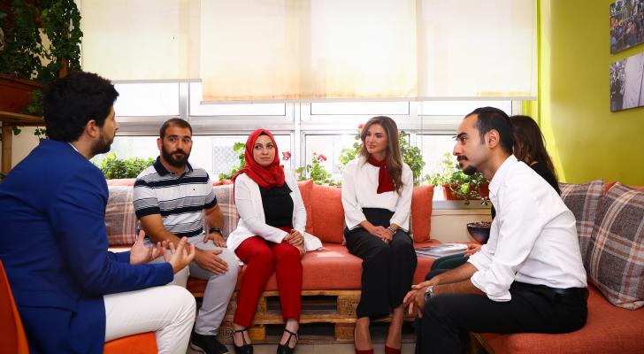 جلالة الملكة رانيا العبدالله تزور مقر مؤسسة قادة الغد