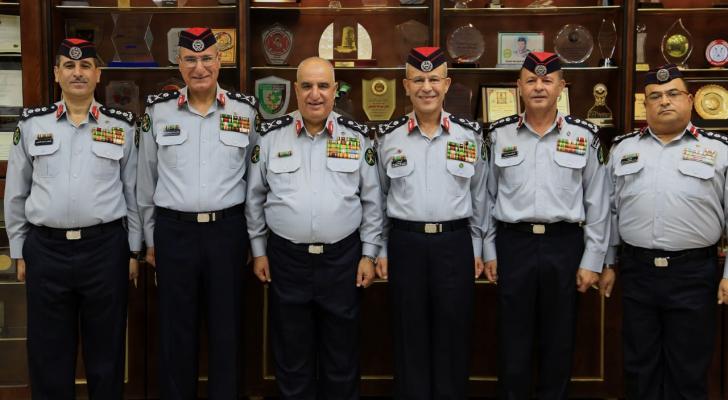 عدد من الضباط الذين تم ترفيعهم