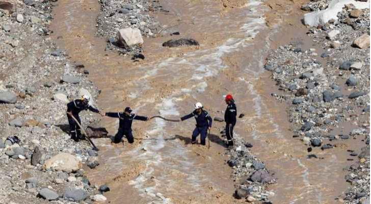خلال عمليات البحث عن مفقودين بالبحر الميت