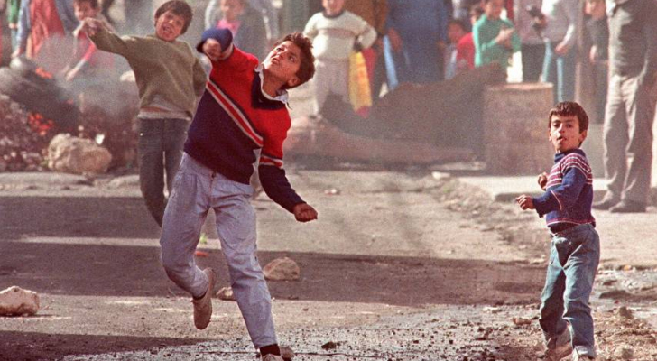 من انتفاضة الحجارة عام 1987
