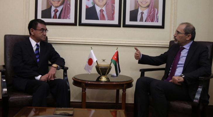 الصفدي يلتقي وزير الخارجية الياباني