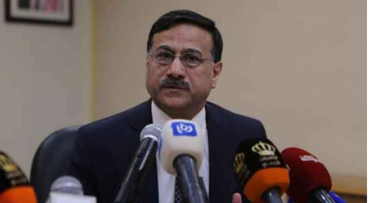 وزير المالية الدكتور عز الدين كناكرية