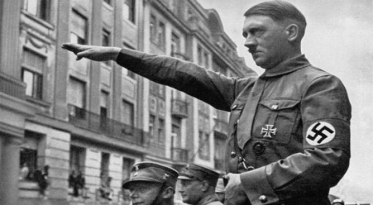 هتلر - ارشيفية