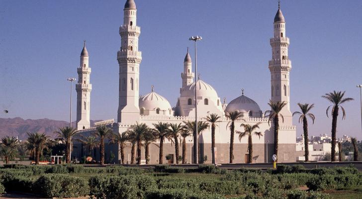 صور لأول مسجد بناه النبي.. وهذا توجيه الملك سلمان بشأنه