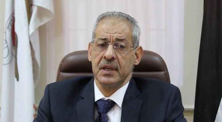 نقيب الاطباء الدكتور علي العبوس