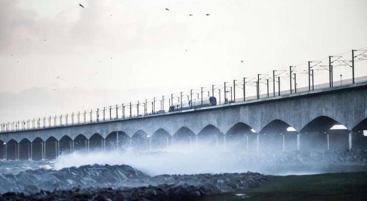 6 قتلى جراء حادث قطار على جسر يصل جزيرتين في الدنمارك